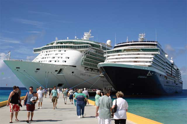 Grand Turk welcomes over 700,000 tourists per year.